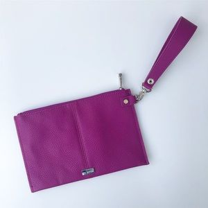 Jewell by Thirty One Bags Violet Wristlet